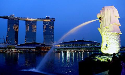 株式売買益が非課税のシンガポールに移民が殺到