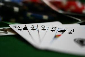 ZC-pokerhand