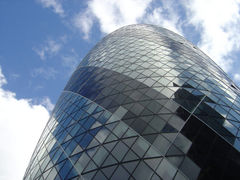 240px-Top_of_30_St_Mary_Axe_RJL