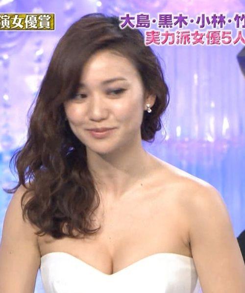 元AKB大島優子がアカデミー賞でポロリ寸前!おっぱいデカすぎ!可愛くなった【エロ画像】