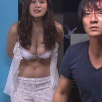 キャバ嬢役の筧美和子(20)が手足縛られレイプシーンwwwおっぱいたまらんwww【エロ画像】