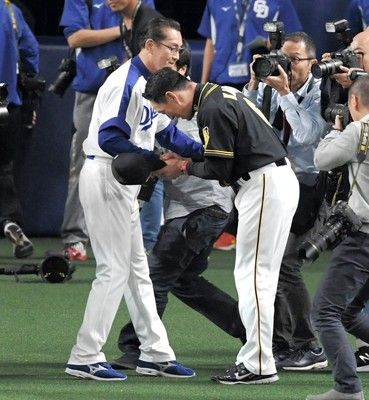 中日森監督、最後まで選手を思う「荒木、岩瀬と同じ日にユニホームを脱げて幸せ」
