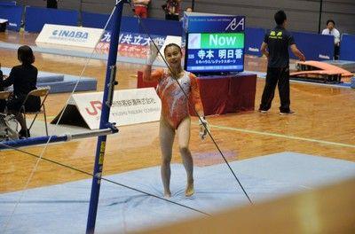 体操・朝日生命が女子8連覇パワハラ問題に揺れる中、杉原も安ど