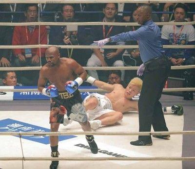 【RIZIN】メイウェザーが日本のリング初登場で1回KO勝利…天心は反則のキック出せず