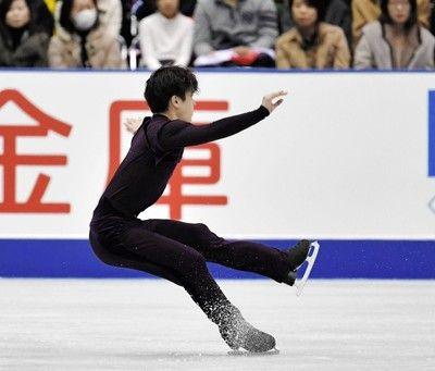 宇野昌磨4回転なのに回りすぎる…「改善する必要が」SP首位もまだ伸びしろ
