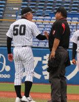 【東都】亜大・生田監督、猛抗議実らず惜敗「故意落球の練習を普段からやっている」