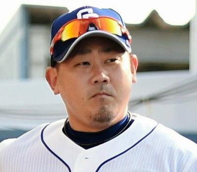 松坂大輔、ファンに右腕引かれ右肩に違和感中日が発表、ノースロー調整へ