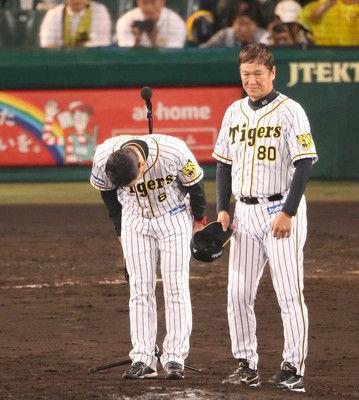 阪神・金本監督が17年ぶり最下位をファンに陳謝「私の力足らず…心より謝罪とお詫びを」
