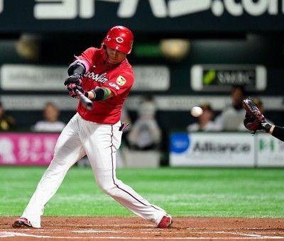 広島・丸が1試合4三振史上6人目のシリーズタイ記録「足を引っ張ってしまった」