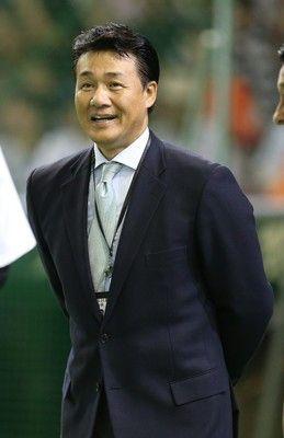 中日与田新監督会見は15日、西山代表「最初から一本化していた」