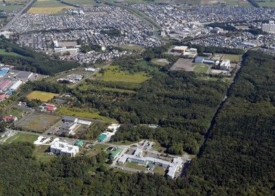 <日本ハム>北広島に新球場建設決定屋根付き初の天然芝
