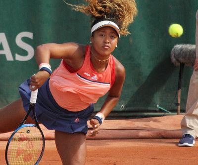 大坂なおみ 全仏OP2年ぶり初戦突破、世界95位に苦戦も2回戦へ<女子テニス>