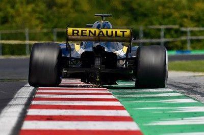 """ルノーF1、「1周0.3秒速いがリスクのある」新型""""Cスペック""""エンジンの提供をスタート。リカルドが使用の見込み"""