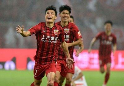 「中国のマラドーナ」がエスパニョール移籍、フッキら抑え昨季得点王