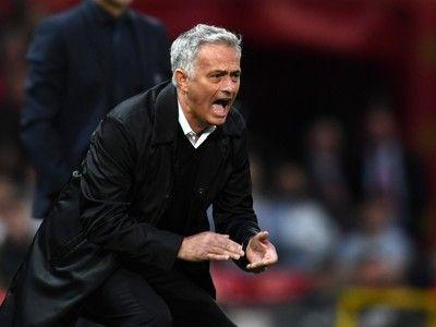 モウリーニョが怒りの会見退席…メディアに対して「リスペクト」と連呼