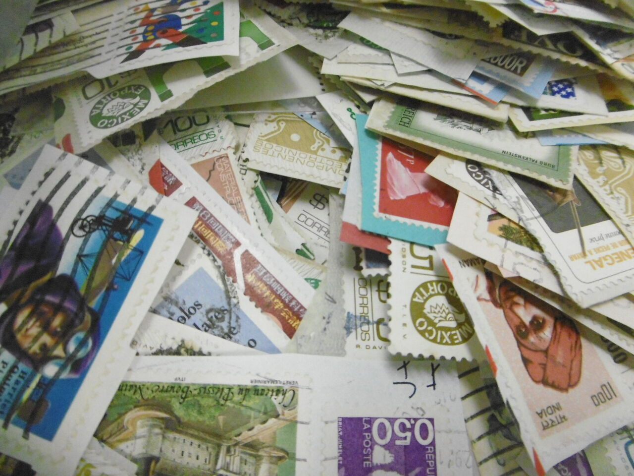 吉祥寺ホームボランティア日記 : 古切手の寄付