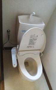 1階トイレ・ビフォー:貸家3号
