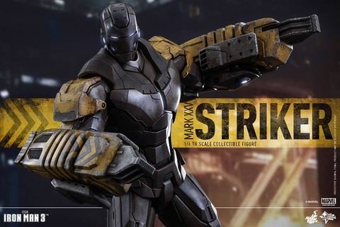 Hot-Toys-Iron-Man-3-Striker-Armor-002