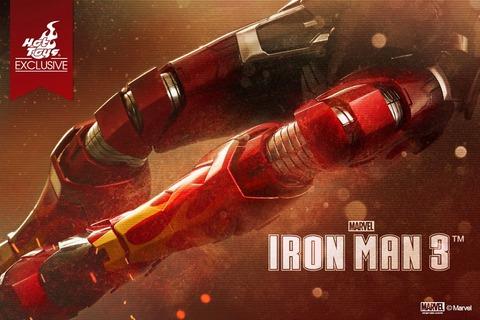 Hot-Toys-Teases-Iron-Man-3-Hot-Rod-Armor-Teaser