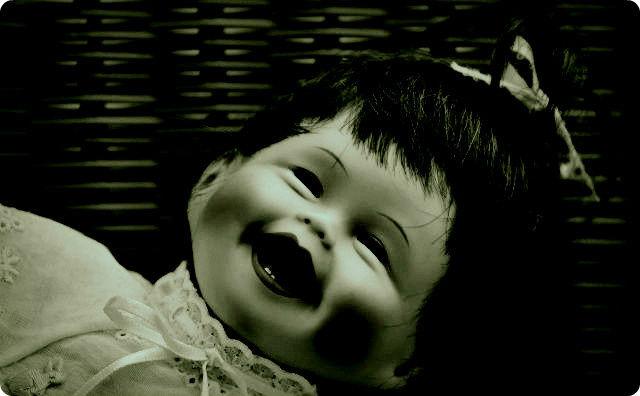人形、不気味