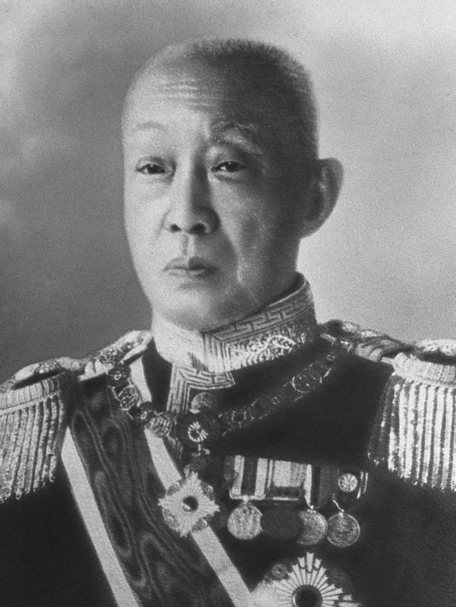 Kinmochi_Saionji_formal