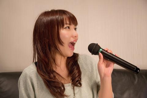 NKJ52_karaokeutauonnanoko_TP_V (1)