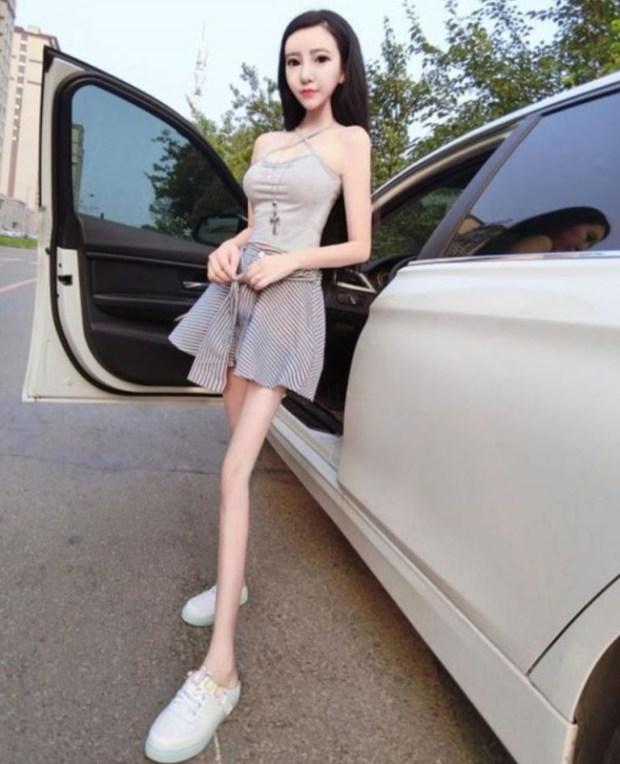 中国の生きた人形
