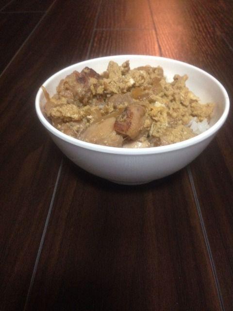 【空腹注意】ワイがチャチャッと作ったこの夜食(親子丼)に幾らまで出せる?
