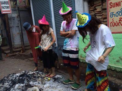 ホーリー祭(バラナシ)