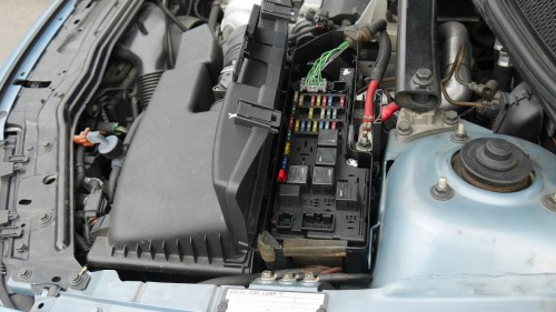 small resolution of 2005 to 2007 volvo v70 fuse box locations p4940893