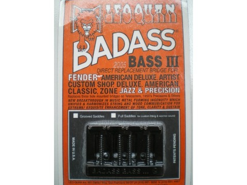 leo-quan-badass-bass-III-bridge-black-640x480