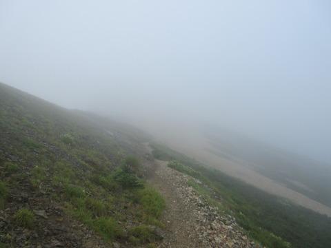 IMG_4997五龍岳山頂へ