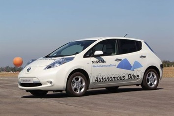 Nissan-leaf-autonomous_1_460x307
