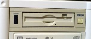 「内蔵MOドライブ」の画像検索結果