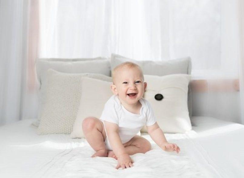 Child Baby Minimalist Cute