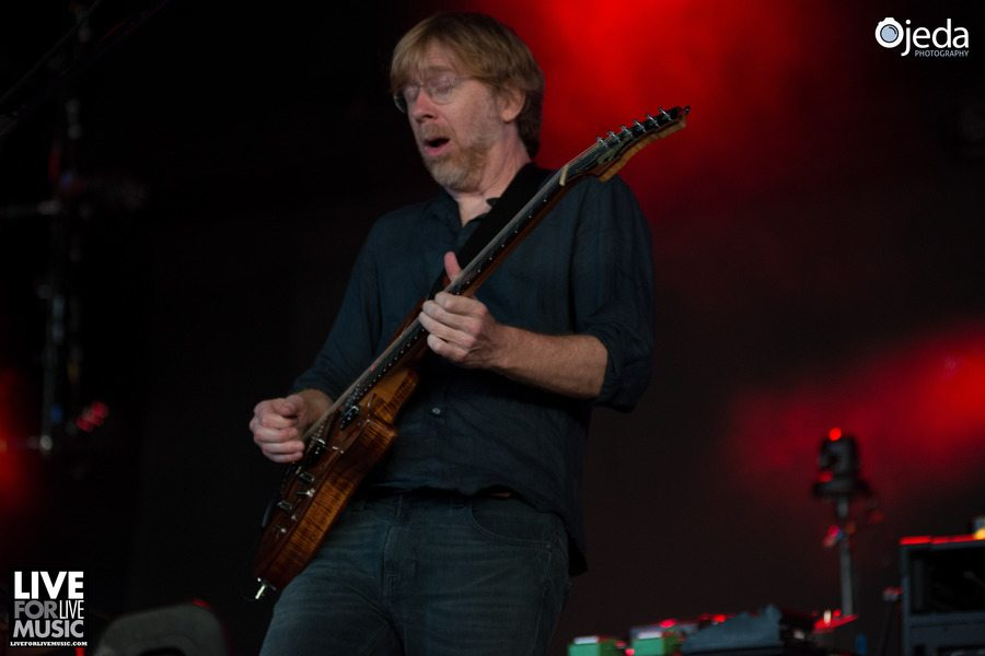 Phish Plays Slow Funk Llama Covers Zeppelin And Hendrix