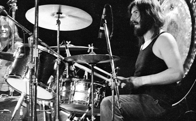remembering led zeppelin 39 s legendary drummer john bonham on the anniversary of his death. Black Bedroom Furniture Sets. Home Design Ideas