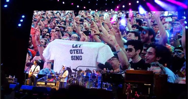 Let Oteil Sing
