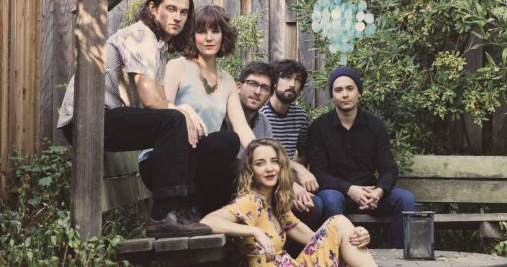 Premiere Mama Magnolia Displays Grit And Grace On Self Titled Ep