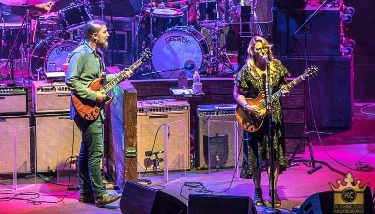 """Tedeschi Trucks Band Announces """"One Night Only"""" At The Met Philly"""