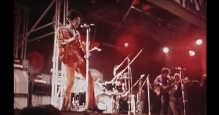 Pink Floyd's David Gilmour Helped Mix Jimi Hendrix's Live Set At 1970 Isle Of Wight Festival