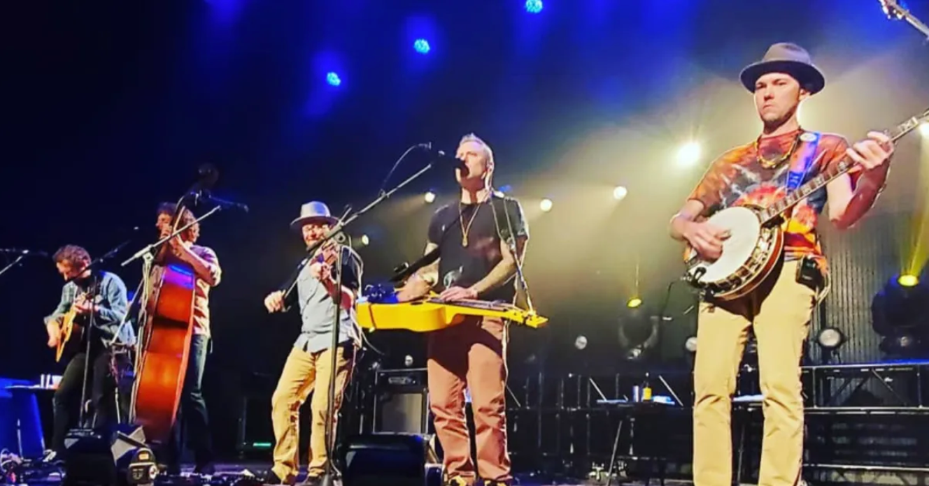 The Infamous Stringdusters Deliver Grateful Dead Set In Greenville, NC