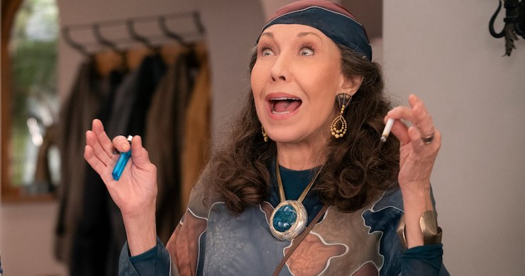 Watch Lily Tomlin Compare Deadhead Credentials On 'Grace and Frankie' [Video]