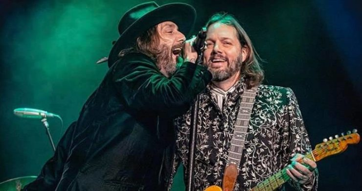 The Black Crowes, Chris Robinson, Rich Robinson, Brothers of a feather, tour, 2020, acoustic tour