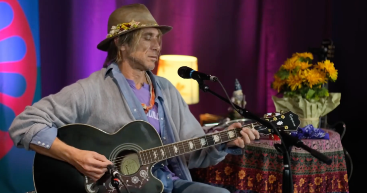 todd snider, todd snider hey hey my my, hey hey my my, neil young, neil young hey hey my my, rust never sleeps, neil young rust never sleeps, todd snider stream, todd snider neil young, todd snider the first agnostic church of hope and wonder