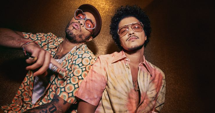silk sonic, silk sonic skate, bruno mars, anderson .paak, bruno mars anderson .paak silk sonic, silk sonic skate, bruno mars anderson .paak silk sonic skate, leave the door open, an evening with silk sonic, domi and jd beck, domi, jd beck, domi jd beck silk sonic