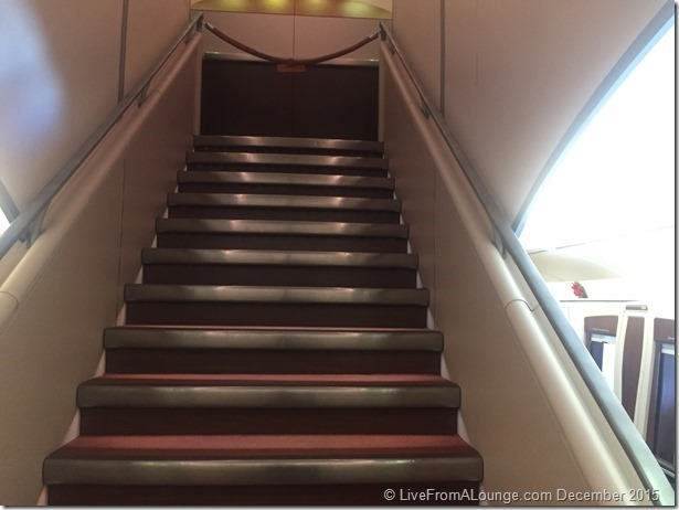 SQ A380: Staircase to upper deck