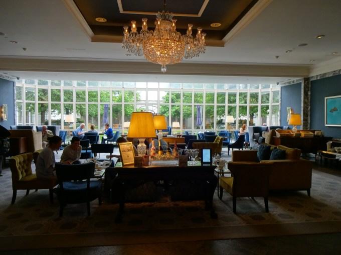 Intercontinental Dublin : The Lobby Lounge