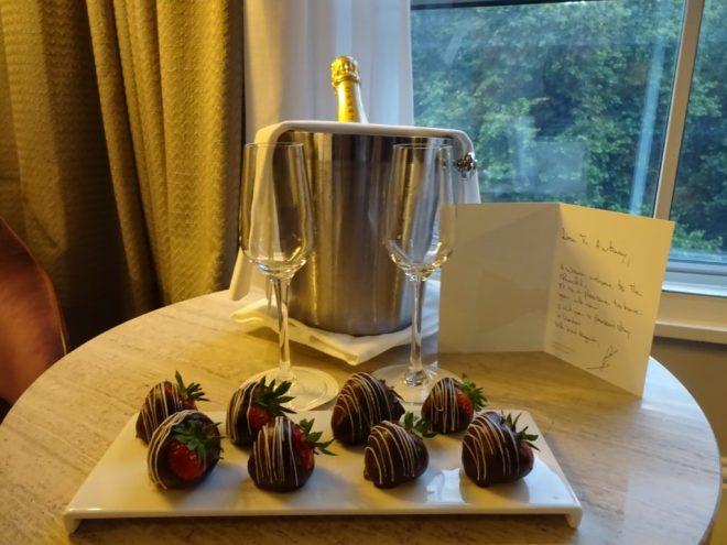 Hyatt Regency London - Churchill: Hand written welcome note  placed for us in the room