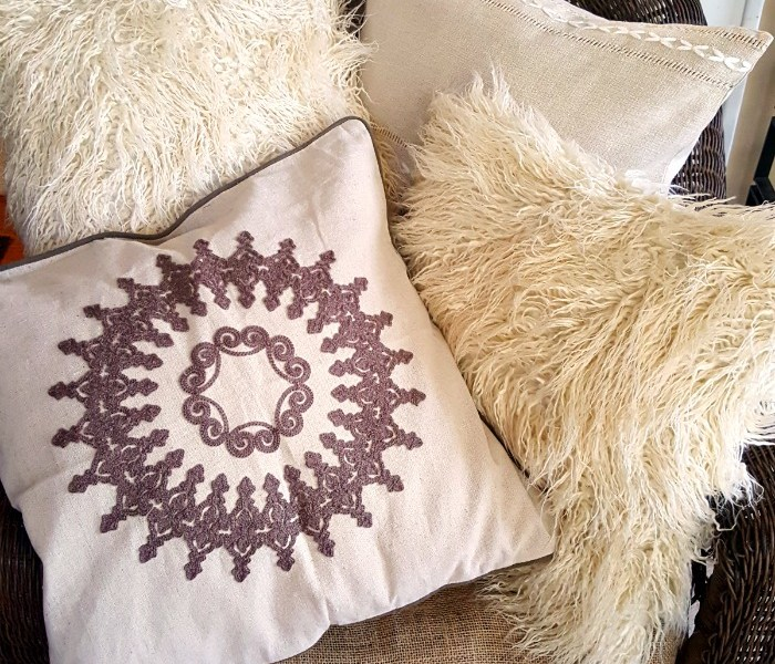 New Throw Pillows – CHEAP!